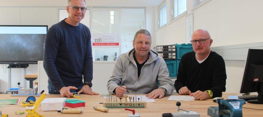 zdi-Zentrum Lippe.MINT und Heinz-Sielmann-Schule kooperieren in der Förderung von MINT