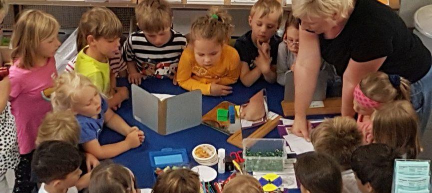 Forscherzeiten im Energie- und Umweltzentrum: Kita-Kinder forschen auf Einladung der Stadtwerke Lemgo