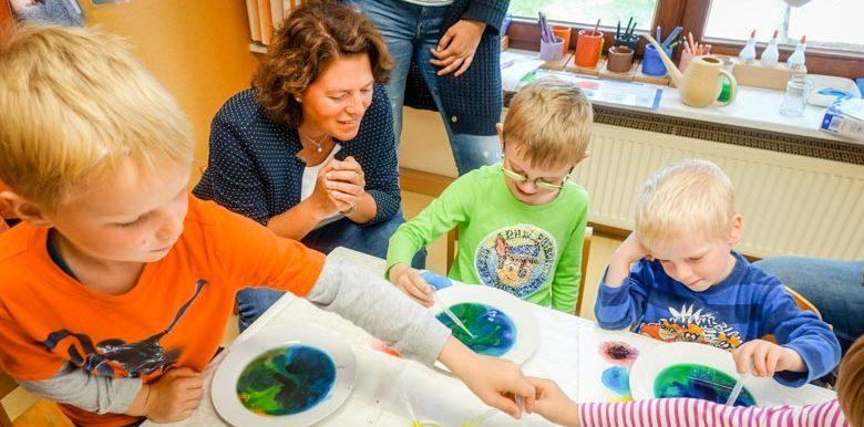 Kleine Forscher in Aktion: MINT-Bildung pfiffig inklusive
