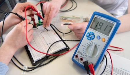 Unter Spannung! – Elektrizität und Elektronik erleben